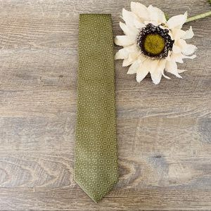 BANANA REPUBLIC 100% Silk Tie